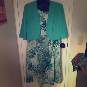 Maya Brooke dress suit size 12